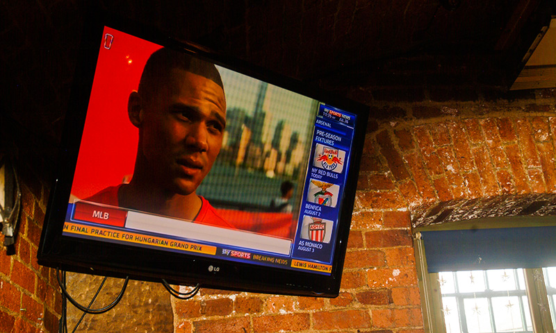 Live Sports at the Aire Bar